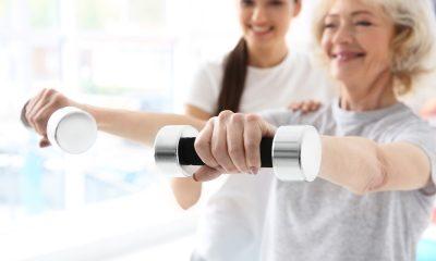 https://www.whitehallofdeerfield.com/wp-content/uploads/2020/10/PHOTO-Shutterstock-Physical-Therapist-Older-Female-Patient-with-Weights-400x240.jpg