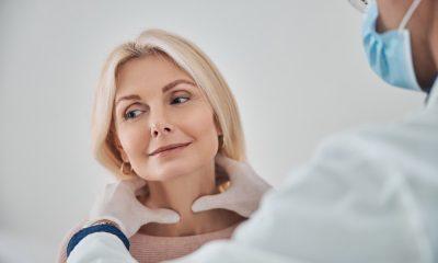 https://www.whitehallofdeerfield.com/wp-content/uploads/2021/01/PHOTO-Shutterstock-wh-2021-THYROID-Dr-Examining-Attractive-Older-Womans-Glands-400x240.jpg